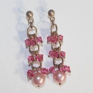 5/50%  Super cute pink dangling earrings